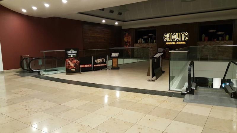 metalwork-balustrades-leisure-outlet-commercial-baludtrades